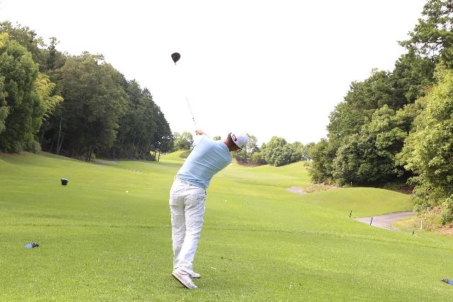 グリーン周りでのザックリミスの原因と対処法【UGMゴルフスクール成城店】