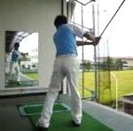 バット素振りでの注意点⑦ 2色カラーのバット×太極拳素振り【UGMゴルフスクール/ニッコースポーツ平野店】